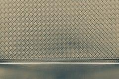 Рифлёная checkered текстура пакостного бронзового цвета Стоковая Фотография RF