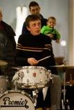 Роберто Drumo Vignandel играя с представлением Audiopaint Giulio Masieri Стоковое Изображение