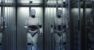 Робот гуманоида идя через центр данных стоковые изображения
