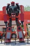 Робот трансформатора на аграрной ярмарке в Novi унылом Стоковые Изображения