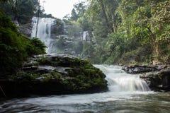 Ровное движение водопада Стоковые Фотографии RF