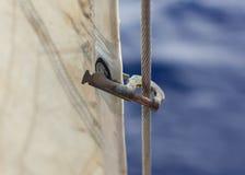Рогачи мотка кливера на heavely используемом forestay, Держать кливер стоковое изображение