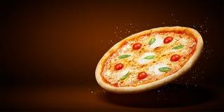 Рогулька и плакат концепции выдвиженческие для ресторанов или pizzerias, пиццы маргариты вкуса шаблона очень вкусной, сыра моццар стоковые фото