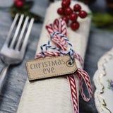 Рожденственская ночь текста на таблице комплекта Стоковое Изображение RF
