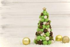 Рождественская елка, декоративная рождественская елка Новый Год украшений рождества Обои Нового Года и рождества Стоковое Изображение