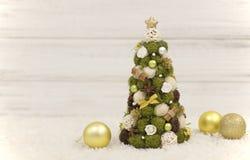 Рождественская елка, декоративная рождественская елка Новый Год украшений рождества Обои Нового Года и рождества Стоковая Фотография RF