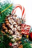 Рождественская елка и орнаменты праздников Винтажная рождественская елка Pi Стоковое Фото