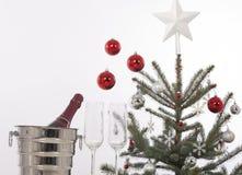 Рождественская елка и подарки Стоковые Изображения