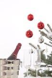 Рождественская елка и подарки Стоковое фото RF