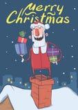 Рождественская открытка с смешным усмехаясь Санта Клаусом Санта с настоящими моментами в коробках вверх на печной трубе на снежно иллюстрация штока