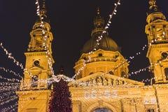 Рождественская ярмарка Будапешта на квадрате базилики St Stephen, настроении рождества стоковая фотография rf