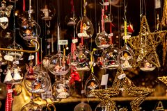 Рождественская ярмарка в Мюнхене, Баварии, Германии, Европе стоковая фотография rf