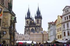 Рождественская ярмарка на старой городской площади стоковое фото rf