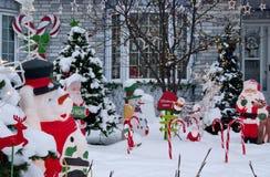 Рождество двора перед входом стоковая фотография