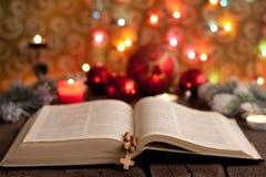 Рождество и библия стоковое фото