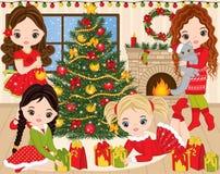Рождество и Новый Год вектора установленные с милыми маленькими девочками, деревом Xmas и камином иллюстрация штока