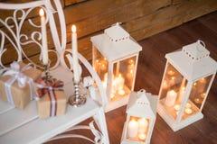 Рождество миражирует горение на ` s Eve Нового Года на деревянных лестницах Стоковые Изображения RF