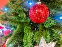 рождество моя версия вектора вала портфолио Украшенный с красочными шариками рождества стоковое фото