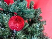 рождество моя версия вектора вала портфолио Украшенный с красочными шариками рождества стоковые фото
