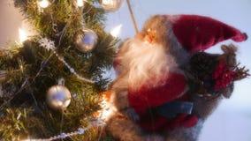 Рождество Санта на дереве Стоковое Фото