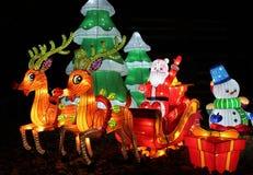 Рождество Санта, сани и снеговик на ярмарочных площадях центра & положения экспо Огайо фестиваля фонарика Огайо китайских, Колумб Стоковые Изображения RF