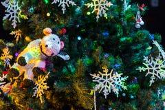рождество украсило вал Игрушки и снежинки шнурка Новый Год Стоковое Изображение RF
