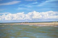 Рожок земли в море Стоковые Фото