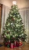 Рождественская елка в доме Стоковая Фотография