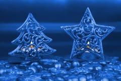 Рождественская елка и звезда золота сформировали держатели чая светлые Стоковые Фотографии RF
