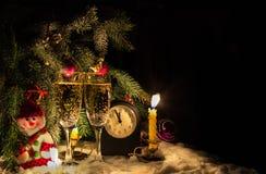 Рождественская елка и стекла шампанского Стоковые Изображения RF