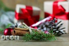 Рождественская елка конуса сосны сахара циннамона Стоковая Фотография