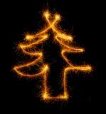 Рождественская елка сделанная бенгальским огнем на черноте Стоковая Фотография RF