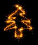 Рождественская елка сделанная бенгальским огнем на черноте Стоковое Изображение