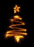 Рождественская елка сделанная бенгальским огнем на черноте Стоковое фото RF