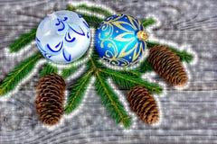Рождественская открытка в голубых и белых цветах Стоковое Изображение