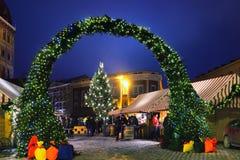 Рождественская ярмарка в квадрате купола в Риге Стоковое Изображение RF