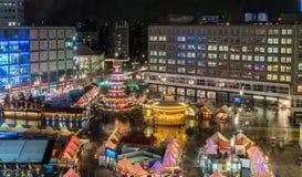 Рождественская ярмарка в Alexanderplatz, Берлине Стоковая Фотография