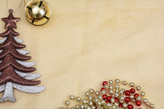 Рождество возражает, дерево на золотой предпосылке знамени Стоковая Фотография RF