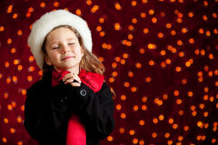 Рождество: Девушка зимы с желанием праздника Стоковое Изображение RF