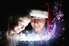 рождество кто-нибудь striped чулки удивляет tiptoe к xmas вала Стоковые Фото