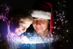 рождество кто-нибудь striped чулки удивляет tiptoe к xmas вала Стоковая Фотография