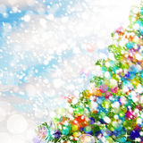 рождество предпосылки цветастое Рождественская елка, снег и яркие блески Стоковое Изображение RF