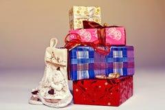 рождество украсило подарки Стоковое Фото