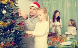 рождество украшая вал родного дома Стоковые Изображения RF