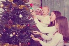 рождество украшая вал родного дома Стоковая Фотография RF