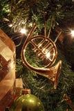 рождество шарика предпосылки яркое орнаментирует белизну вала Стоковые Фотографии RF