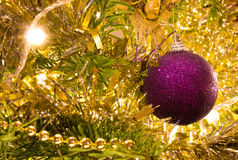 рождество bauble предпосылки 3d составило фотографическое реальное представляет Стоковые Изображения