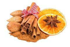 Рождество Spices украшение с анисовкой кусков апельсина циннамона стоковое фото