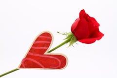 Роза красного цвета с сердцем Стоковое Изображение RF