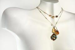 розница ожерелья бюста handmade стоковые фото